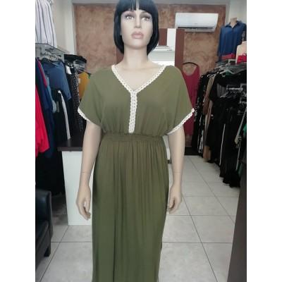 Φόρεμα με V λαιμόκοψη διακοσμητική τρέσα καί ρεγκλάν μανίκια σε λαδί χρώμα.