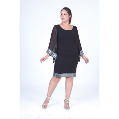 Φόρεμα midi μαύρο με διαφάνια στα μανίκια και ασημί metal στο τελείωμα.